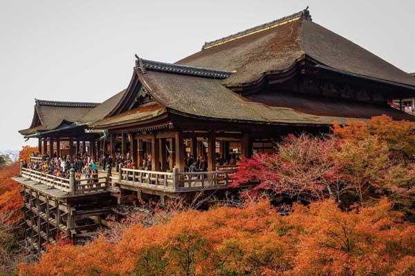 Kyomizu-dera in Autunno