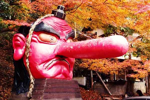 Yokai Tengu mostro giapponese