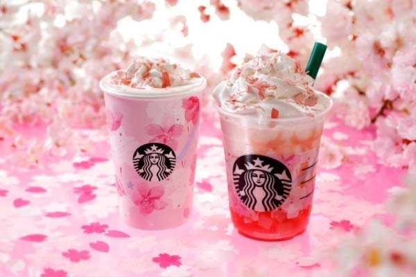 Starbucks bevanda al gusto sakura